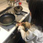 ピアットで、、、作る、『 えびとパプリカのチーズ風味炒め 』!!