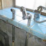 ガス屋さんが、、、行う、追い炊き付き給湯器の、交換工事・